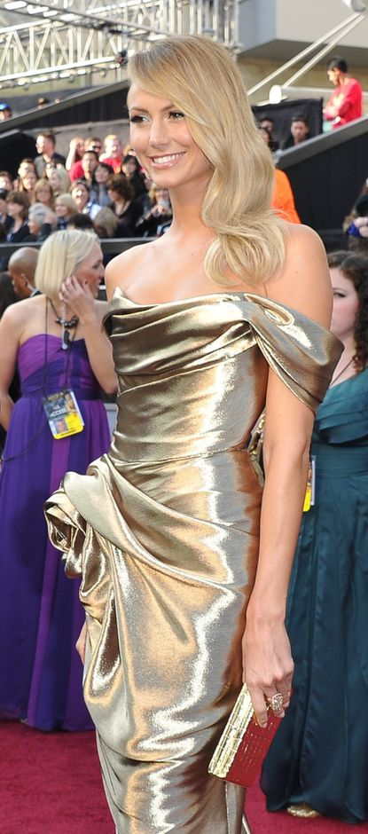 Baltimore's Stacy Keibler hits the red carpet in a gold Marchesa gown