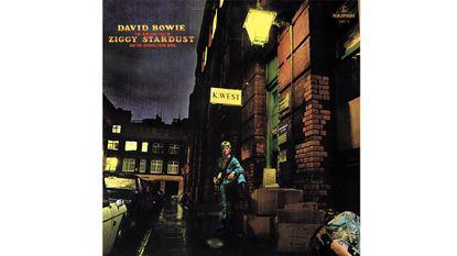 Tim Kaye plays Ziggy Stardust on a Piano (A Tribute to David Bowie)