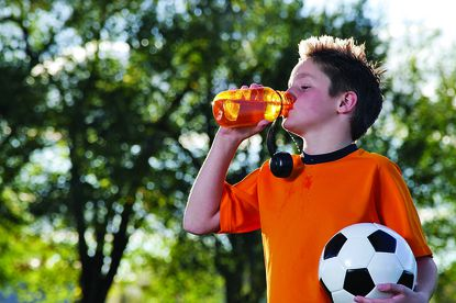 Tips for preventing heat stroke during summer sports