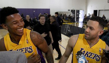 Lakers to build new practice facility to help lure free agents