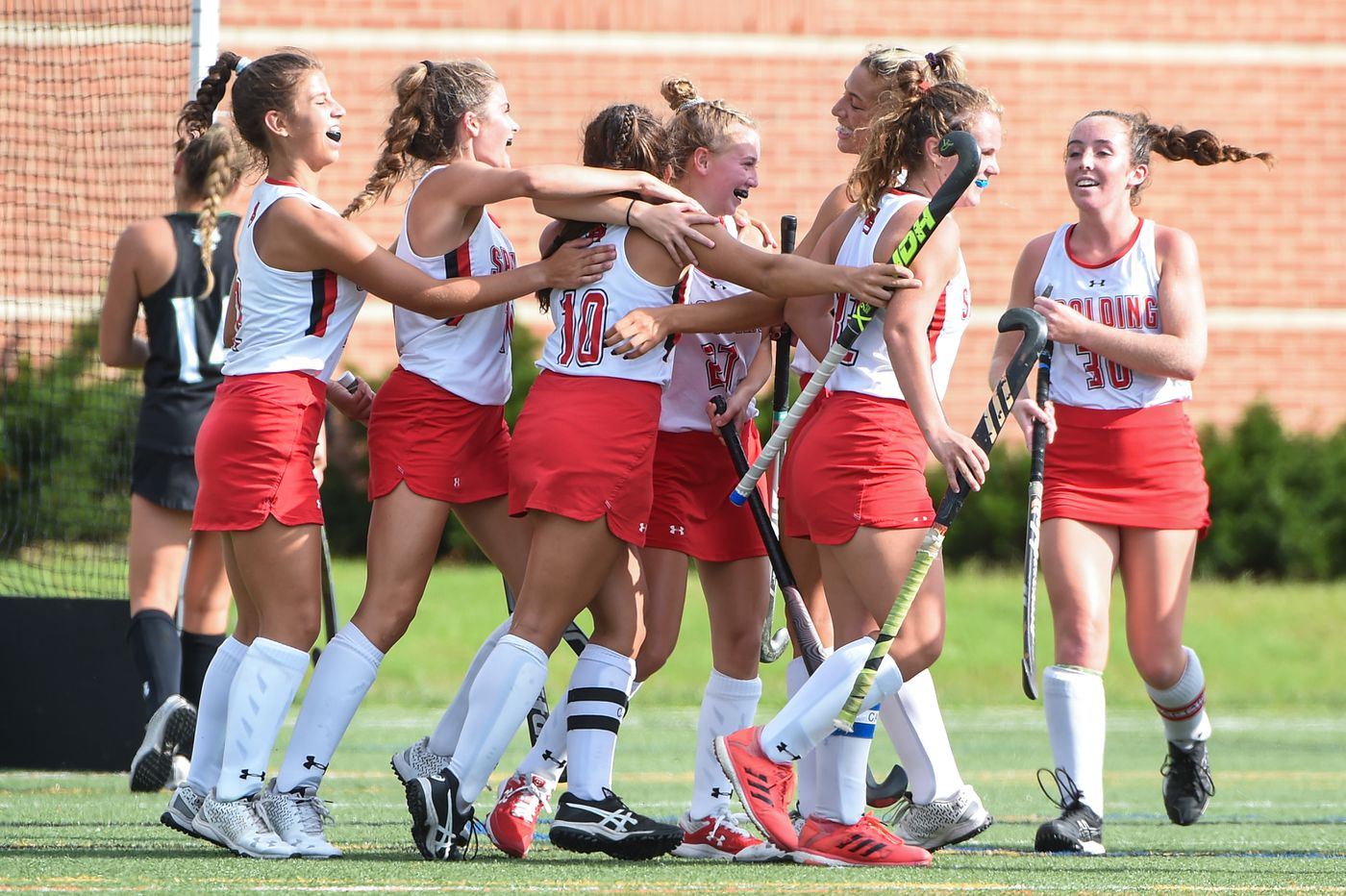 Spalding celebrates a goal in the second period.  Archbishop Spalding will host field hockey at Arundel High School on Thursday, September 10, beating them 5-1 in regular time.  09.09.21