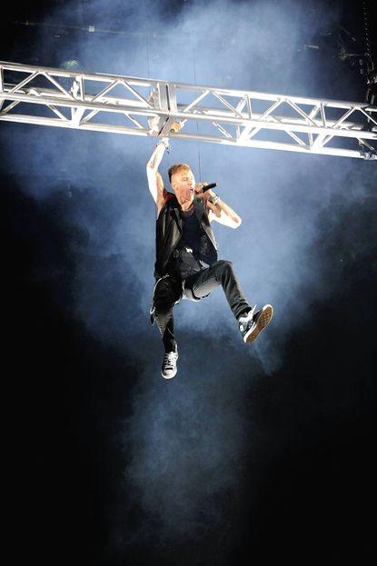 Machine Gun Kelly hops from Warped Tour to MMG slot