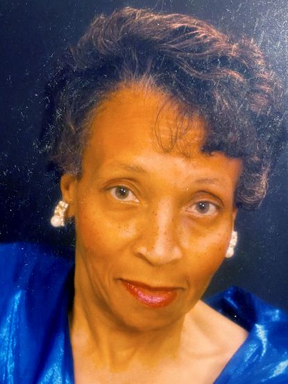 Rolanda Handy Rawlings, remembered by her family as a caring woman of faith who led by example, she enjoyed the arts, traveled abroad and was a gifted student in her youth.