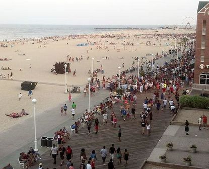 Official estimates show Ocean City hosted more than 330,000 people on July 4.