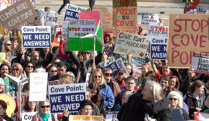 Hundreds rallied Thursday in Baltimore against plans to export liquefied natural gas from a Southern Maryland facility.