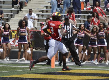 Maryland's tight end Chigoziem Okonkwo scores on a pass from quarterback Josh Jackson in the first quarter against Howard in College Park, Md. Maryland won 79-0.