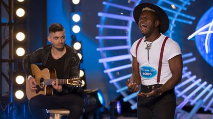 "Baltimore native Les Greene performs Sam Cooke's ""A Change is Gonna Come"" at ""American Idol's"" New York auditions. The episode airs on ABC 7 p.m. Sunday."