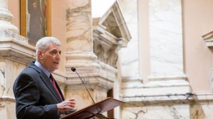 Maryland House passes bills on organ transplants, sponsored by speaker who was saved by a liver transplant