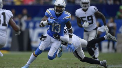 Chargers' defense shuts down Raiders in 26-10 victory that moves them above .500