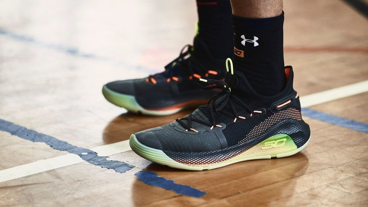 new product 01e6c 02625 Under Armour's Curry 6 sneaker is officially here. Take a ...