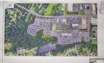 Ponderosa Estate residents oppose pedestrian access from former Bel Air Auto Auction site