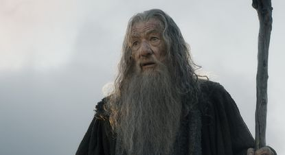 Box office: 'Hobbit' leads pack; 'Night at the Museum,' 'Annie' follow