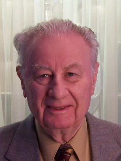 Erich Oppenheim was a vice president of operations at Holtite Manufacturing Co., was director of vocational rehabilitation at the Levindale Rehabilitation Center at the Levindale Hebrew Geriatric Center and Hospital, and later owned the Magic Tub Laundromat.