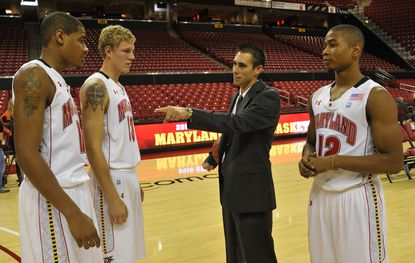Maryland assistant coach Robert Ehsan talks with Mychal Parker, left, Haukur Palsson, second from left, and Terrell Stoglin in October 2010.