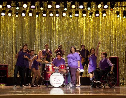 Mercedes belts it out on the season premiere of 'Glee.'