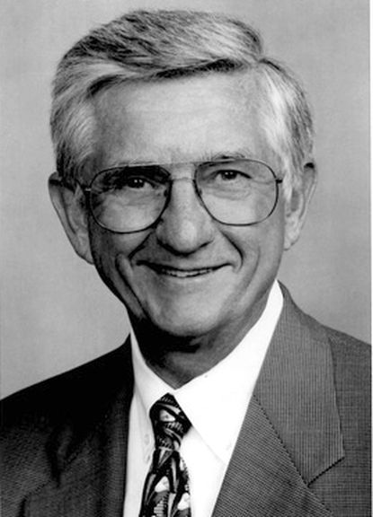 George R. Benson Jr. was chairman of the Anne Arundel Medical Center Foundation board, a member of the Severn School board and on the Western Maryland College/McDaniel College board of trustees.