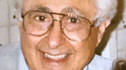 Albert Kleeman, founder of a local Ford truck dealership, dies
