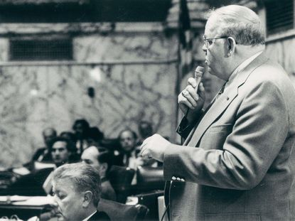 Sen. John Cade of Anne Arundel County speaks in the Senate chamber during a debate on corporal punishment in schools in this 1987 file photo.