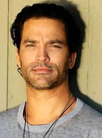 Edgewood native Johnathon Schaech has carved out a busy acting career.