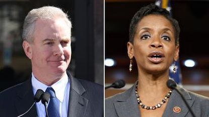 Edwards holds endorsement as Democrats seek unity