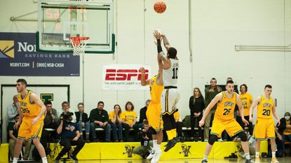 'Win the game': Jairus Lyles leaves no doubt vs. Vermont as UMBC heads to NCAA tournament