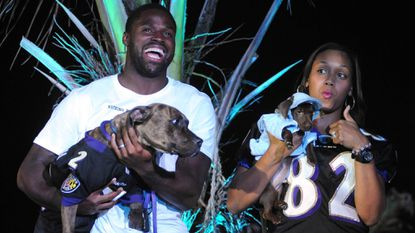 Former Ravens cover $9,000 in adoption costs for BARCS' Pawject Runway event