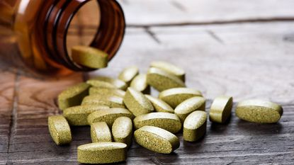 It' s a good idea to start with only half the recommended dosage of a green coffee bean supplement to see how your body reacts.