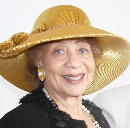 Dr. Roselyn Hammond