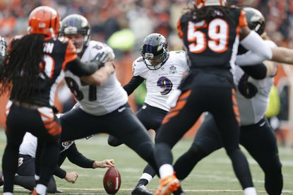 Baltimore Ravens kicker Justin Tucker (9) boots a field goal in the first half.