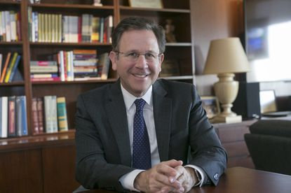Dr. Richard Isaacs is the new president and CEO of the Mid-Atlantic Permanente Group.