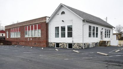 A month-long fundraising drive to raise more than $150,000 to purchase the former home of the Havre de Grace Colored School is entering its final days as Monday's closing date approaches.