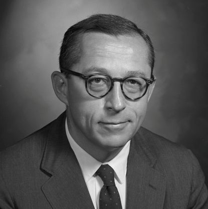 Dr. Alan Ross, PhD, born August 25, 1926 to Professor E.C and Mrs. Madeliene Ross of Oxford, Ohio, died September 7, 2013 at Roland Park Place in Baltimore, Md.