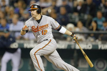 Orioles pound out 15 hits in 10-4 win over the Mariners