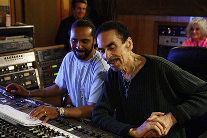 Willie Mitchell dies at 81; record producer worked with Al Green