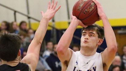 Boys Basketball: Kent, Lions pull away from South Carroll in second half