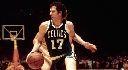 John Havlicek dies; Boston Celtics star won eight NBA titles in 16 seasons