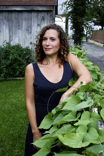 Starring Lizzie Skurnick as herself: Hopkins grad revives young-adult fiction
