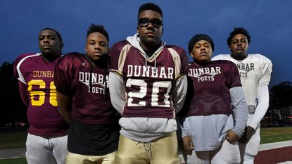 Behind jelling offensive line, close-knit Dunbar football team pushing for 10th state title