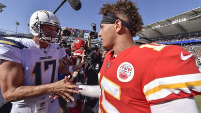Grading Philip Rivers' season debut for Chargers against